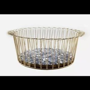 """Nwt Pioneer Woman 14"""" Round Wire Basket"""
